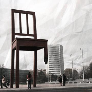 David Daper - Art & Street Culture in Geneva - Broken Chair